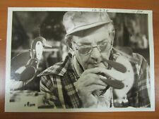 Glossy Press Photo - Riley Bent Natick MA Artist Painting A Duck 1980