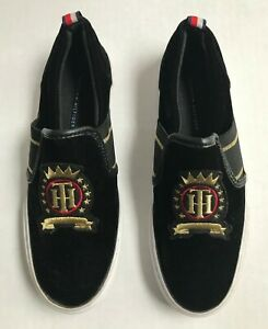 Tommy Hilfiger Womens Shoe TWLASSO-C Slip On Flat Sz 5.5 Velvet Black Gold Logo