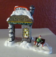 Grandeur Noel Ice Rink and Bench Victorian Christmas Village 2001 Miniature