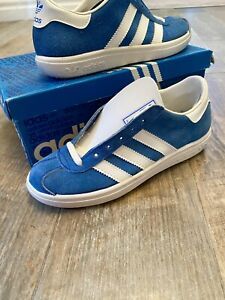 ADIDAS JOGGER UNWORN MADE IN FRANCE 1980 UK4 VERY RARE COLLECTABLE OG DEADSTOCK