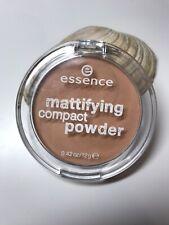 Essence Cosmetics Mattifying Compact Powder natural beige 01 MakeUp 12g