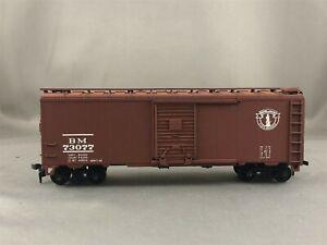 Athearn/Great Island Models - Boston & Maine - 40' Box Car + Wgt # 73077