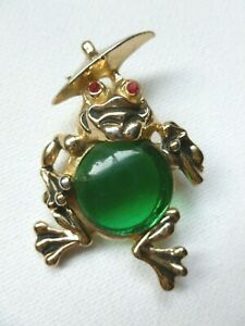 Vintage Gold Tone Frog Green Lucite Jelly Belly Red Rhinestone Umbrella Brooch