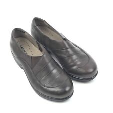 The Walking Company UC 24/7 ILA Women's Size 8 Brown Leather Slip On Shoes  141
