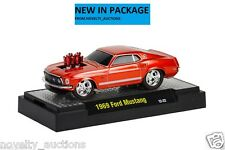 M01  81161 11 M2 MACHINE GROUND POUNDERS 1969 FORD MUSTANG CANDY ORANGE  1:64