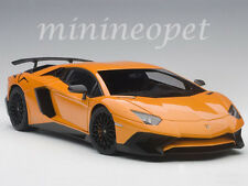 AUTOART 74557 LAMBORGHINI AVENTADOR LP750-4 SV 1/18 MODEL CAR ORANGE