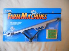 Ertl Farm Country Toy Machines Bale Elevator Set w/Bales Auger MIP 1/64! Tractor
