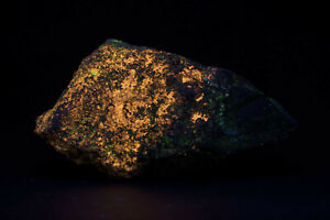JH19530 Large Fibrous Wollastonite, Franklin NJ