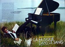 Mag 2011: ROBERT PATTINSON_CLEMENCE POESY_LOULOU DE LA FALAISE_JEAN-PAUL GOUDE