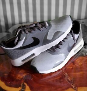 Nike Air Max Tavas Men's Size 8.5 Running Shoes Gray 705149-012 Athletic Sneaker