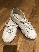 SUPERGA MEN'S 2750 COTU CLASSIC WHITE CANVAS PLIMSOLL TRAINERS (UK 7/USED)