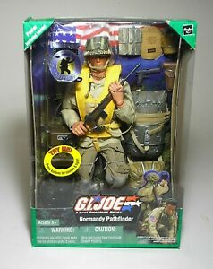 GI JOE US WWII D DAY NORMANDY PATHFINDER 82ND AIRBORNE SUPER-POSEABLE DRAGON TUS