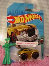 CHRYSLER 300C #156 Int'l ✰Gold;red rim pr5✰TOONED✰2018 i Hot Wheels WW case H