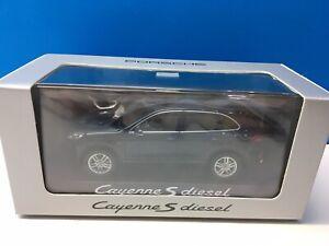 Porsche Cayenne S diesel 958 Minichamps 2015 1:43 midnight blue Metallic azul
