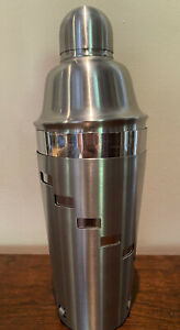 Martini shaker. Dial A Drink. Stainless Steel Oggi Cocktail Shaker