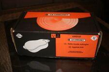 le creuset rare plat aubergine neuf dans sa boite 2 1/4 2 litres