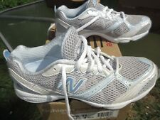 Women''s new balance Running Shoes Style # 670 / Us Woman size 7 B / Deadstock