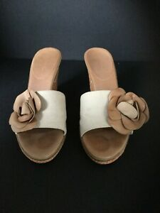 Enzo Angiolini Ealevon Canvas with Leather Flower Mules Peach/Tan Size 8