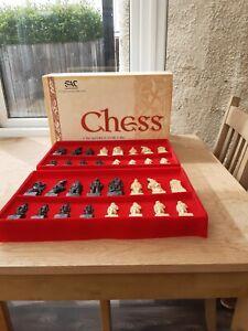 Studio Anne Carlton The Battle of Clontarf Celtic Chess Set