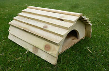 Tartaruga/Porcellino D'India/RICCIO/FURETTO/Small Animal House. in legno del tetto e del pavimento