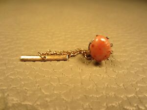 Vintage Prong Set Agate Yellow Gold Plated Tie Tac or Lapel Pin