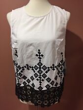 cece by cynthia steffe Ethnic White Balck Sleeveless Top Size M