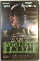 Not Of This Earth Sci-Fi VHS 1995 Michael York Original Roadshow Entertainment