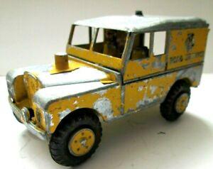 Benbros Large Scale Land Rover SWB `AA` Vehicle