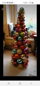 Harvey Nichols Christmas Tree -64 cms / 25 Inches Tall