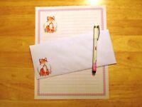 Fox Stationery 12 Sheets 6 Envelopes - Lined Stationary