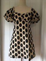 BWLDR size 10 Black Nude Polka Dot Texture Dress Sweetheart neckline short sleev