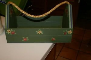 CHARMING Hand Painted APPLIQUE Decorative WOODEN CADDY/CARRY ALL W/ROPE Handle