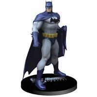 DC Universe Online Batman 8in Statue by Jim Lee  DC Direct comic collectibles