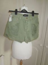 BNWT MINKPINK KHAKI RIPPED HIGH WAISTED SHORTS SIZE S RRP 38.00