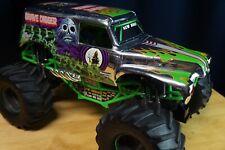 New Bright 1:10 RC 9.6V Monster Jam Grave Digger Truck. No remote. Crawler. Rare