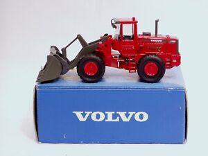 """Volvo L180C Loader - 1/50 - """"CLEVELAND COUNTY FIRE BRIGADE"""" - MIB"""