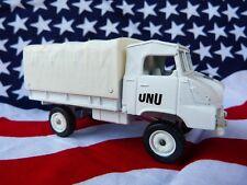 Convoi de 5 camions Solido éditions Hachette n° 31 - SIMCA UNIC  SUMB 4X4 - ONU