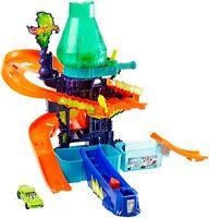 Mattel Hot Wheels Colour Shifter CCP76 Laboratory Playset, Model Cars
