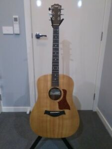 Taylor Big Baby Acoustic Guitar and Hardcase
