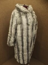Absolutely Gorgeous Full Length Hooded Luxurious Chinchilla Faux Fur Coat NEW 1X