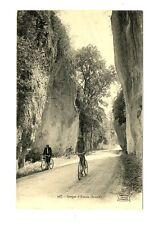 CPA 73 Savoie Gorges de Yenne animé vélos
