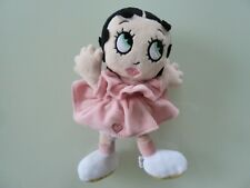 98/2- DOUDOU PELUCHE PLAY BY PLAY BABY BOOP BETTY ROBE ROSE COEUR 21cms - TBE