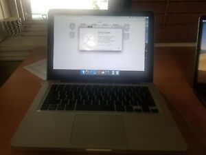 "Apple MacBook  13"" Laptop, 256GB  2008"