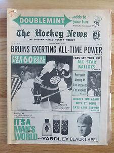 The HOCKEY NEWS Mar 26, 1971 Newspaper PHIL ESPOSITO 60 Goal Score BOSTON BRUINS