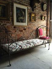 Iron Original Victorian Beds (1837-1901)