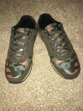 NEW DADA SUPREME SHOES IN CAMO OLIVE size 10 US, 43 EUR!!!!!!