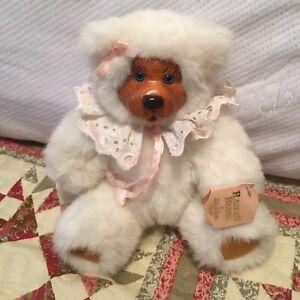 Robert Raikes Bear Sophie White Crochet Collar Pink Tags 1989 Applause Vintage