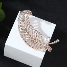 Elegant Woman Austria Peacock Feather Pearl Brooch Pin Clear Crystal Gold Tone