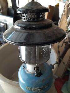 Vintage 1965 SEARS Double Mantle Lantern 476.72213 by Coleman black blue