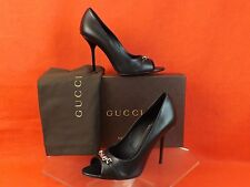 NIB GUCCI BLACK LEATHER METAL PLATE LOGO PEEP TOE HIGH HEEL PUMPS 39.5 9.5 $695